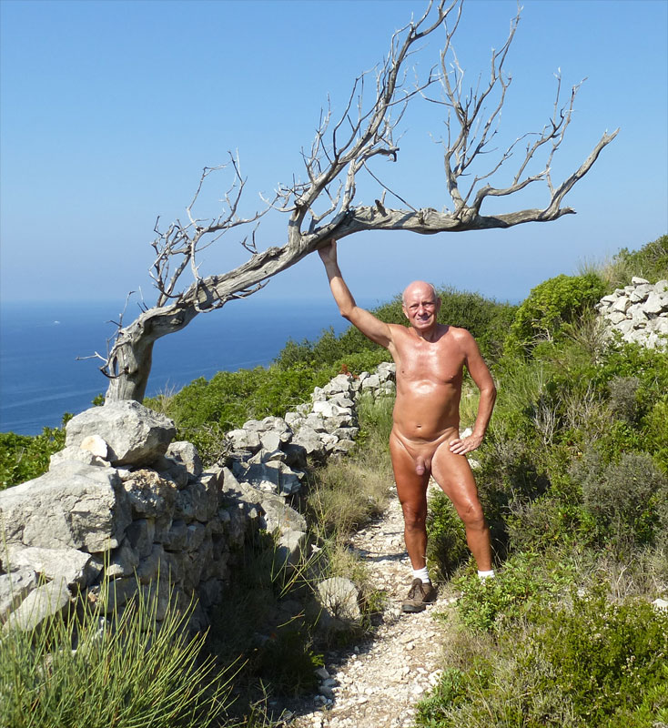 Welcome to my Nudist Webpage. As you may have read earlier, I am more of a  nudist rather than a naturist. I would not say that I hate wearing clothes,  ...
